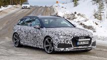 Audi RS4 Avant casus fotoğrafları