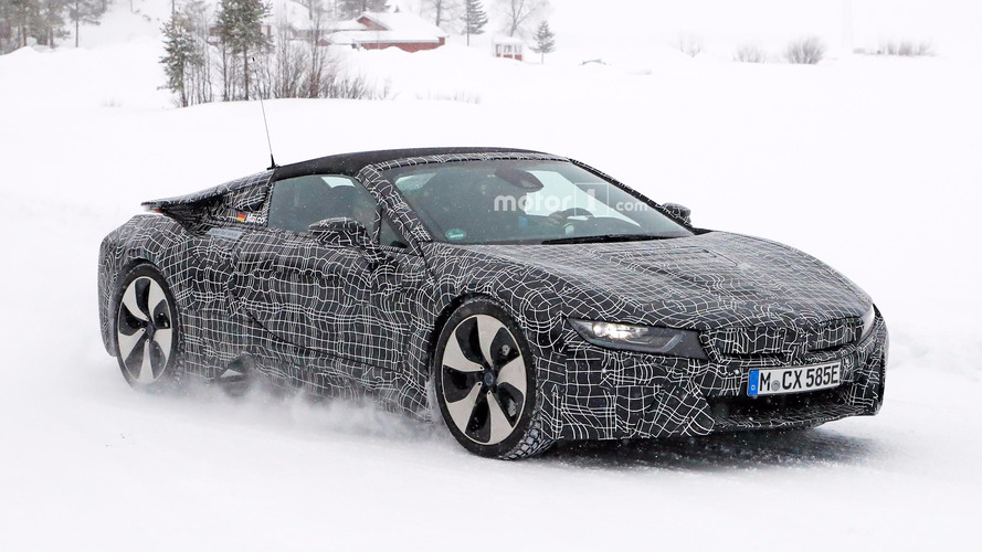 BMW i8 Spyder spied in the snow