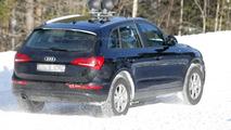 2014 Audi Q5 facelift spy photo