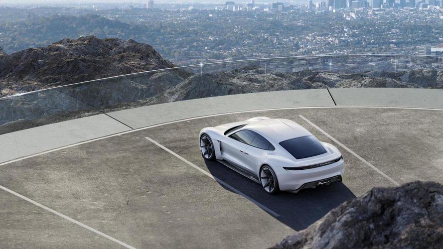 Porsche - Plusieurs variantes de Mission E attendues