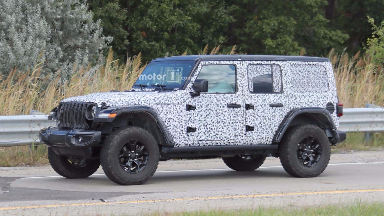 2018 jeep wrangler rubicon spied with virtually no camo. Black Bedroom Furniture Sets. Home Design Ideas