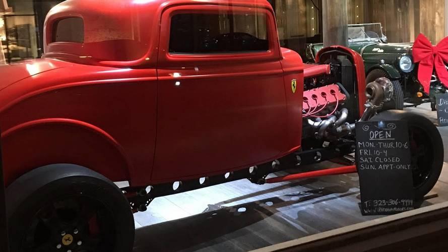 Ford Coupe, de 1932, con motor de Ferrari
