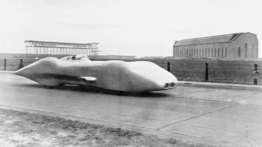 A Mercedes W125 80 évvel ezelőtt futotta meg 432.7 km/órás közúti sebességrekordját