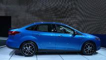 2015 Ford Focus Sedan facelift at 2014 New York Auto Show