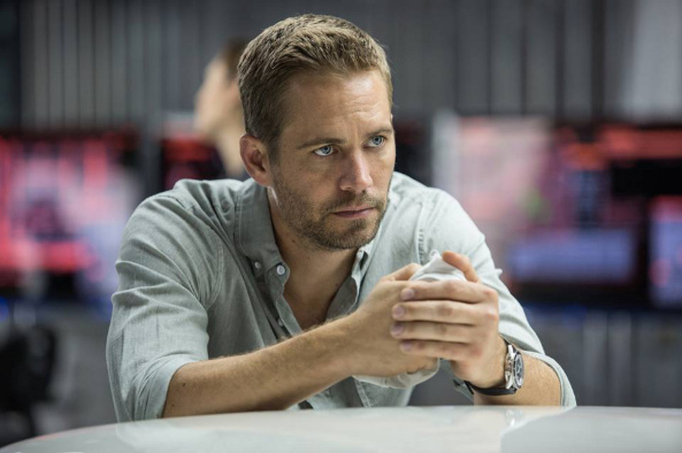 Wife of Driver in Paul Walker Crash Suing Porsche