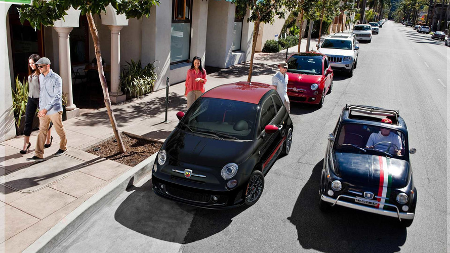 Colorful Option Packages Give Vibrant Look to 2017 Fiat 500