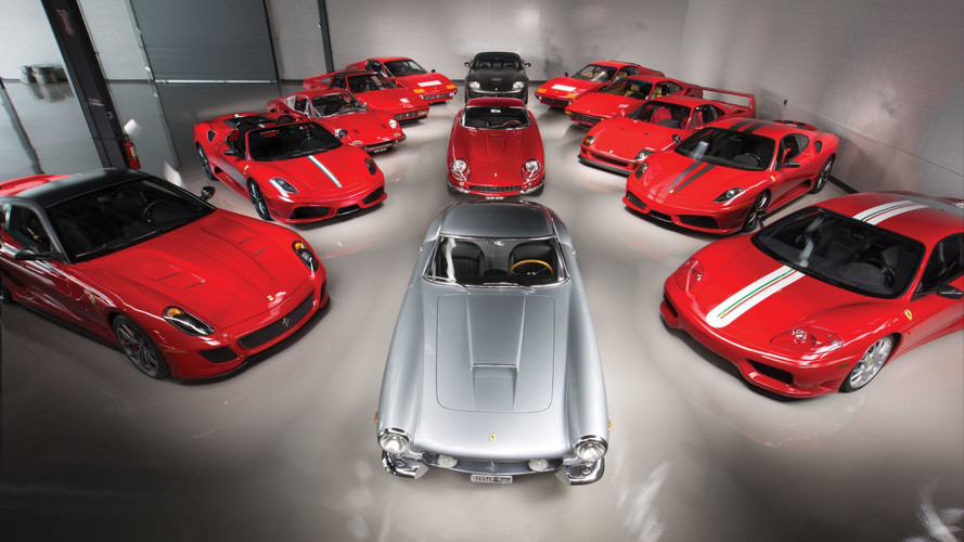 400 photos pour une incroyable collection de Ferrari !