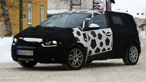 Chevrolet Aveo prototype spy photos
