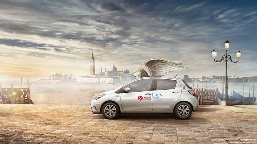 """Toyota YUKO, il car sharing """"pulito"""" è a Venezia"""