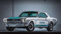 Ford Mustang 1965 guida autonoma