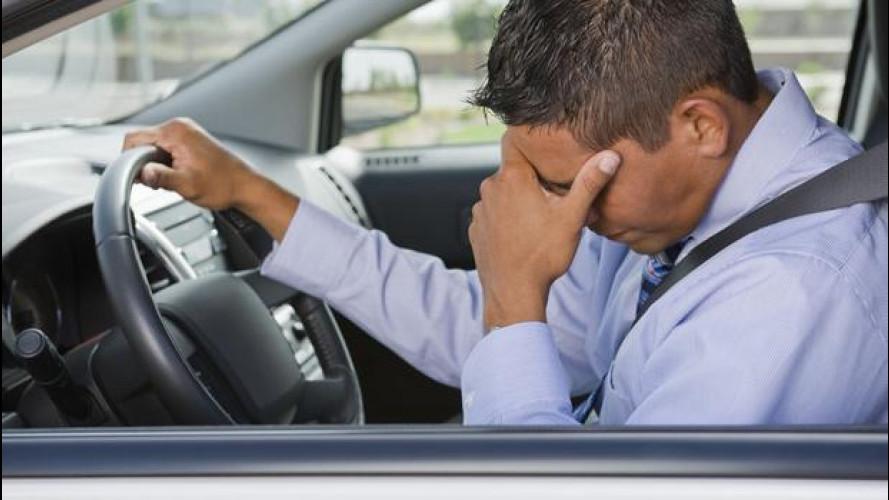 Vita in auto: ogni anno perdiamo 62 ore nel traffico
