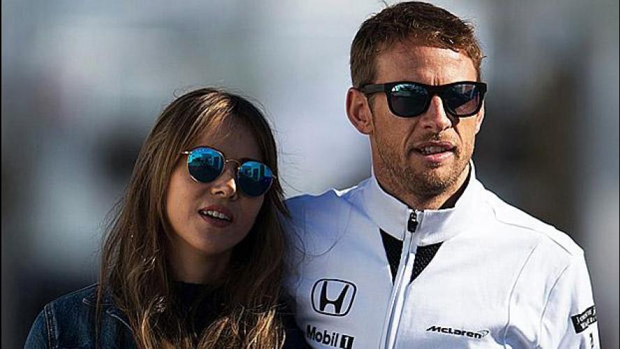 Formula 1, Jenson Button e moglie derubati in Francia