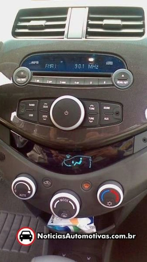 Chevrolet Beat spied in India [Video]