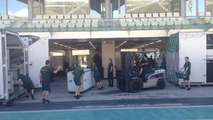 Caterham F1 team in Abu Dhabi / Official Facebook page
