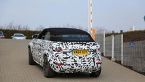 Range Rover Evoque Cabrio spied up close