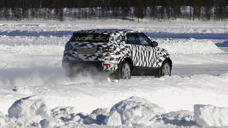 Next-gen Land Rover Freelander mule spied
