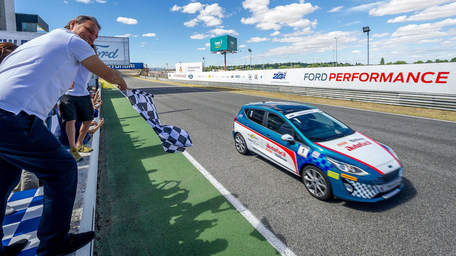 Las ediciones españolas de Motor1.com y Motorsport.com vencen las 24 Horas Ford 2017