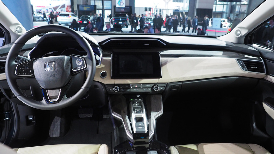 1404 1988 Honda Civic besides 10 together with Scania Truck Driving Simulator 2017 Review as well Photos besides Volvo Xc90 Vs Bmw X5 Vs Range Rover Sport Triple Test Review 2015. on first honda car in the usa