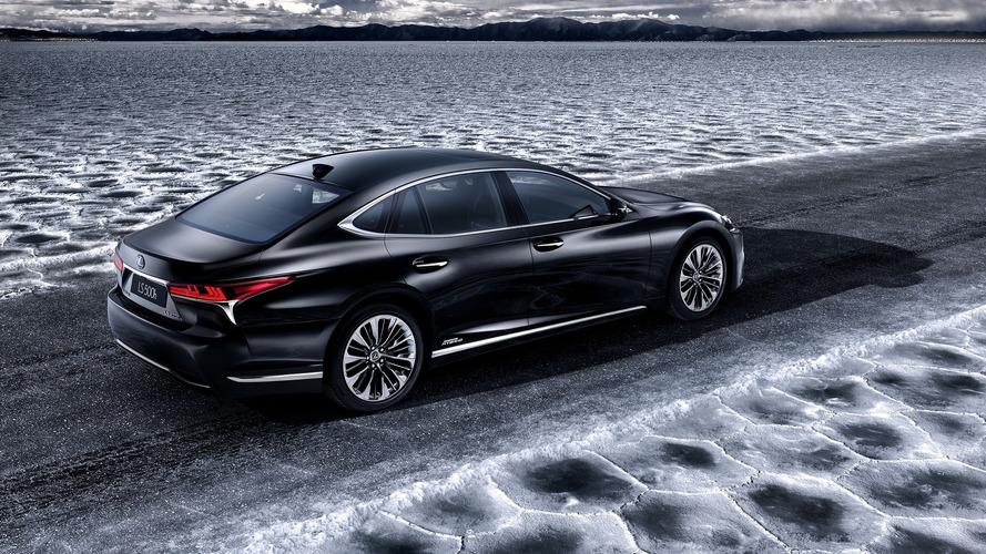 Lexus LS 500h Cenevre'de çevreciliğini gösterecek