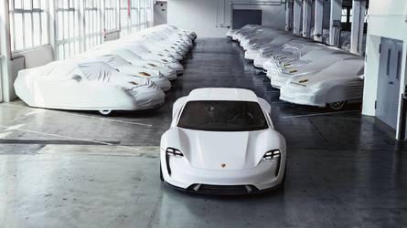 Négy területre fókuszál a Porsche - köztük az utcai versenyautókra