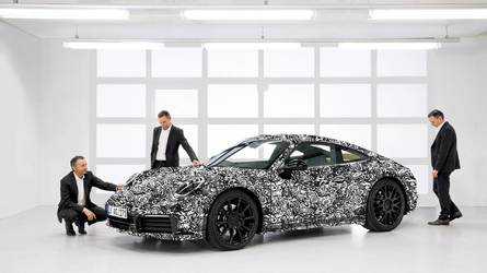 2019 Porsche 911 Officially Previewed