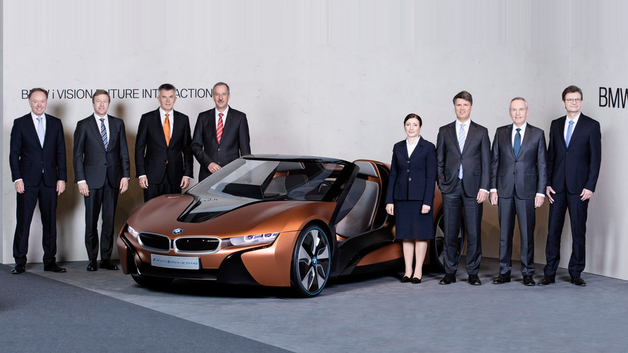 BMW execs will skip Paris show to nail down EV strategy