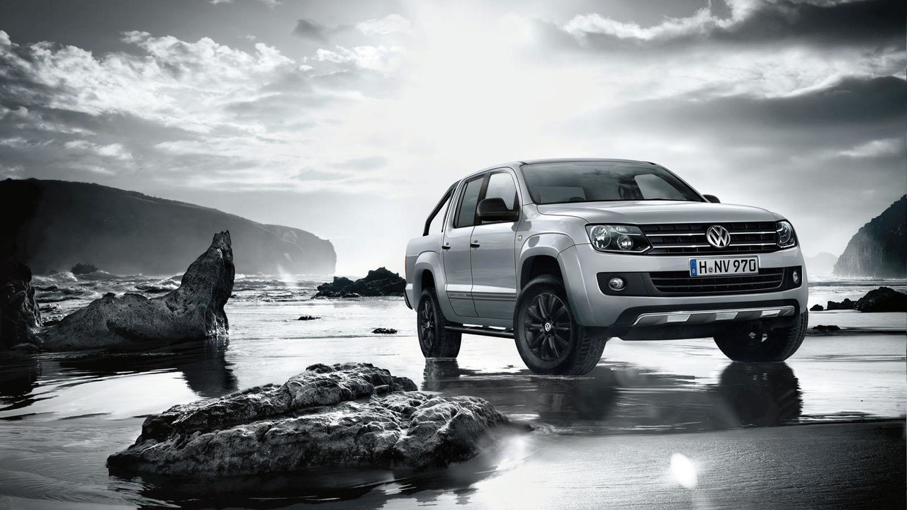 Volkswagen Amarok Dark Label 09.9.2013