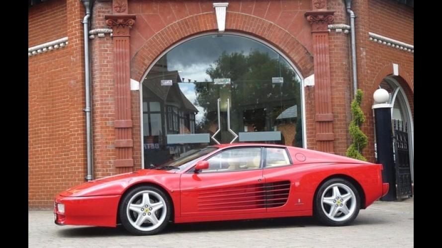 Ferrari 512 TR do cantor Elton John vai a leilão