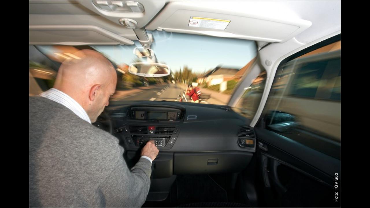 Ohne Platzierung: Unachtsame Autofahrer
