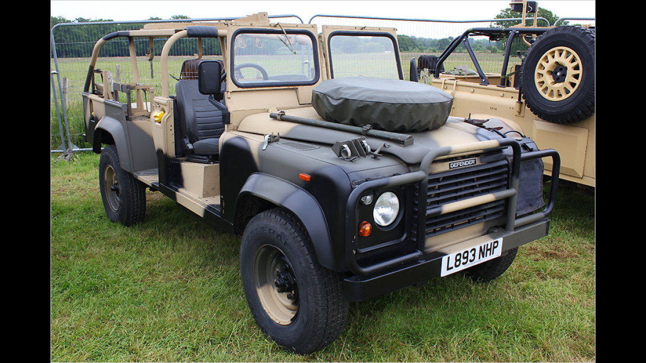Land Rover Special Operations Vehicle (1993)