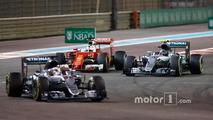Lewis Hamilton, Mercedes AMG F1 W07 Hybrid leads Nico Rosberg, Mercedes AMG F1 W07 Hybrid, Sebastian Vettel, Ferrari SF16-H