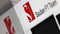Lauda slams Sauber 'negligence' amid van der Garde crisis