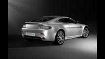 Aston Martin V8 Vantage 2010