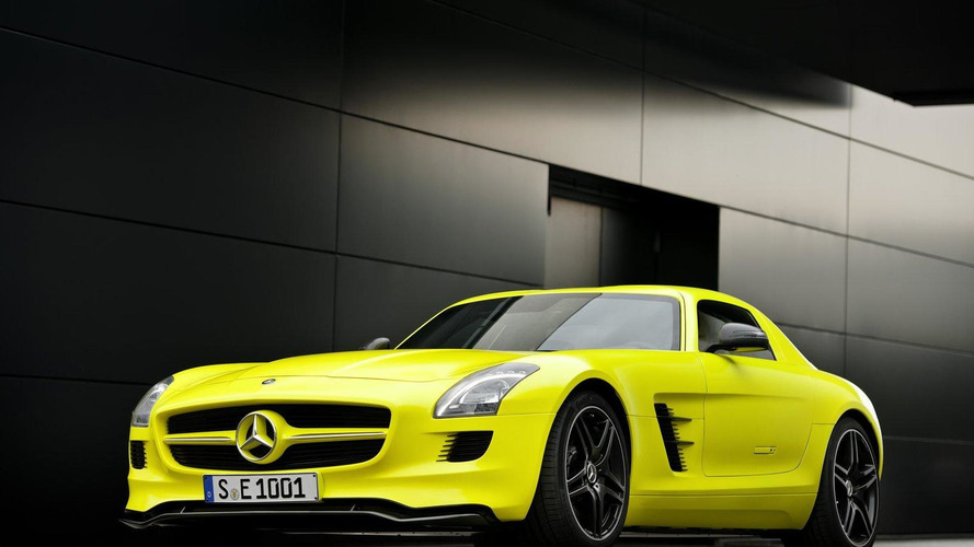 Mercedes SLS AMG E-Cell Roadster under consideration - report