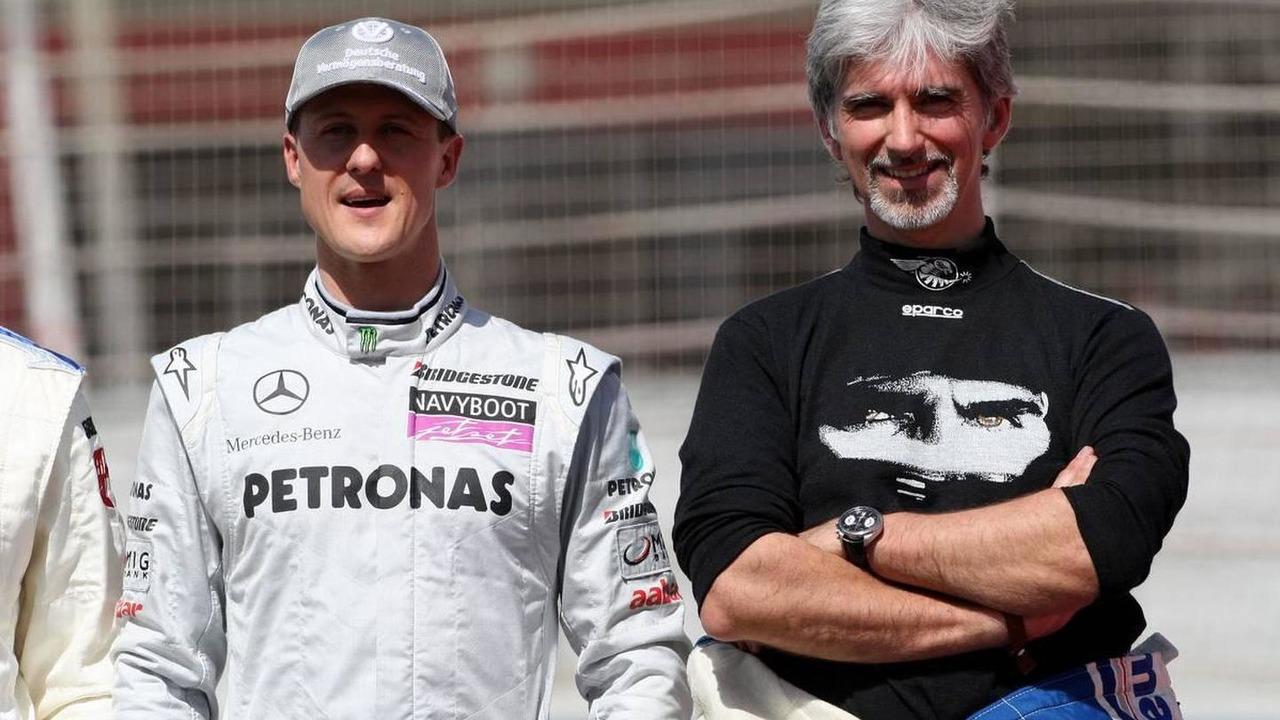 Michael Schumacher (GER), Mercedes GP Petronas, Damon Hill (GBR), 1996 F1 World Champion, Bahrain Grand Prix, 14.03.2010 Sakhir, Bahrain