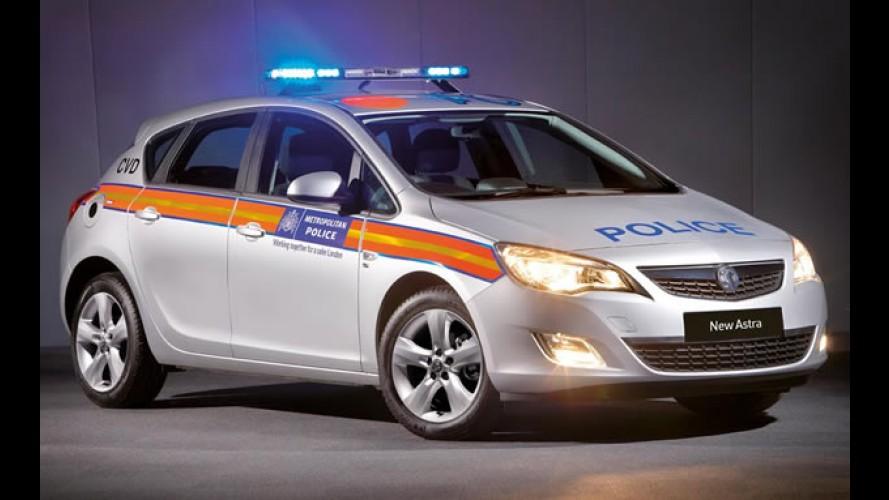 Novo Astra e sedan Insignia viram viaturas policiais no Reino Unido
