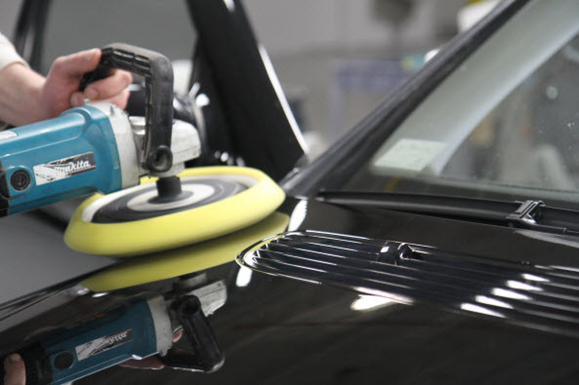 Keep Your Ride: Maintaining That New Car Feel
