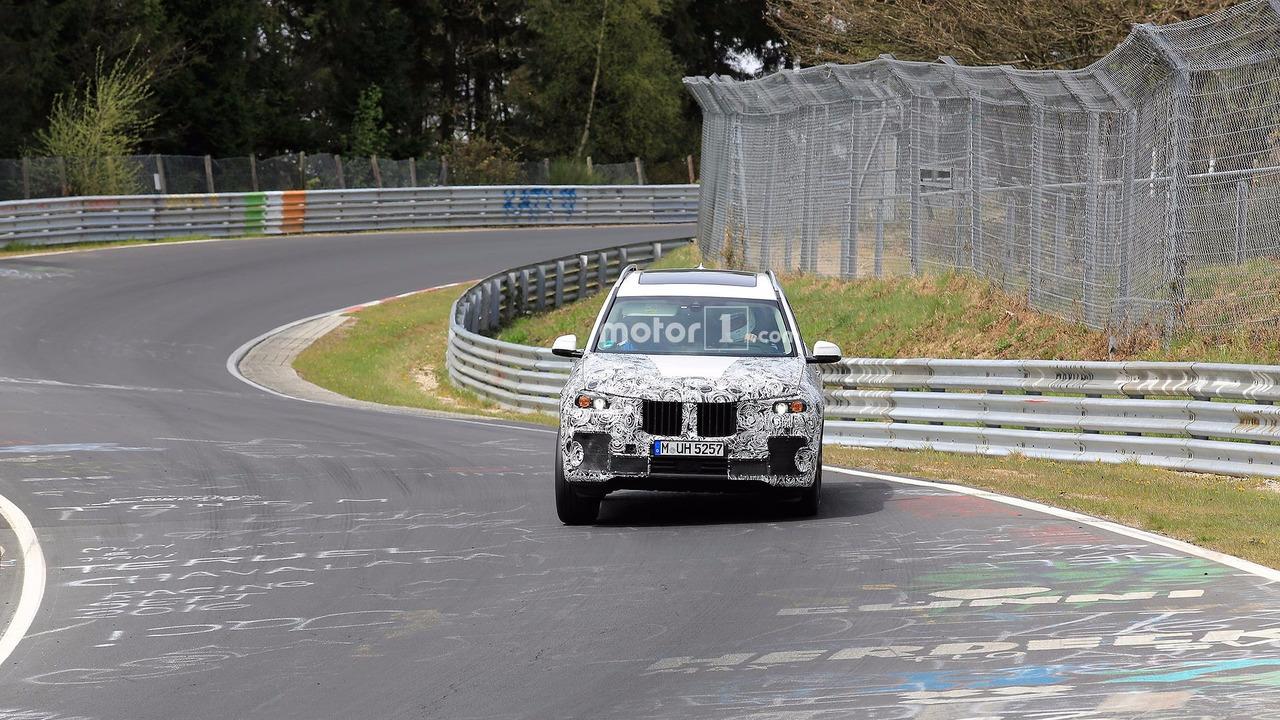 BMW X7 Spy Photos