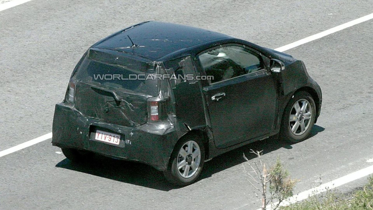 Toyota IQ Spy Photos