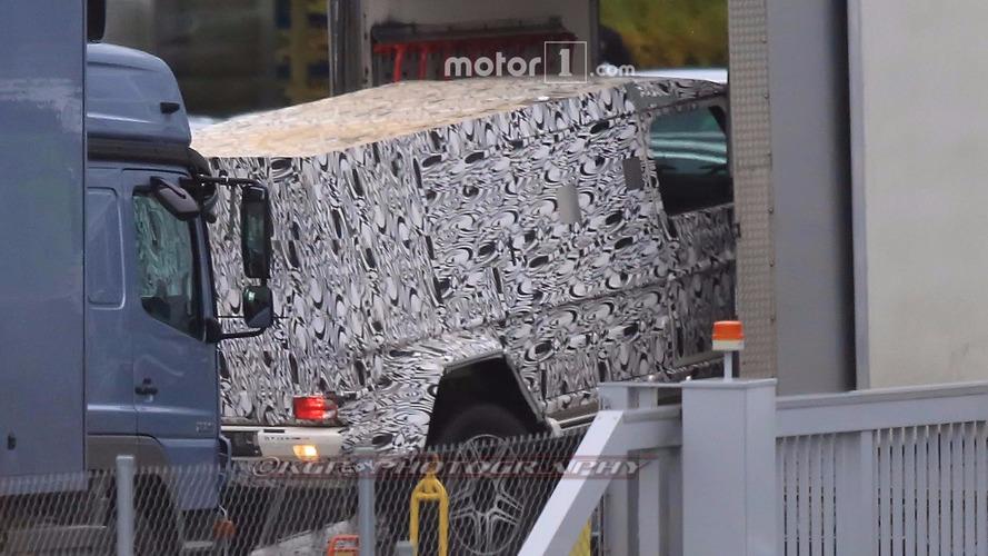 Mercedes-Benz G-Class long-wheelbase spy