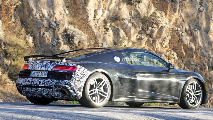 PHOTOS - Que nous cache donc cette mystérieuse Audi R8 ?