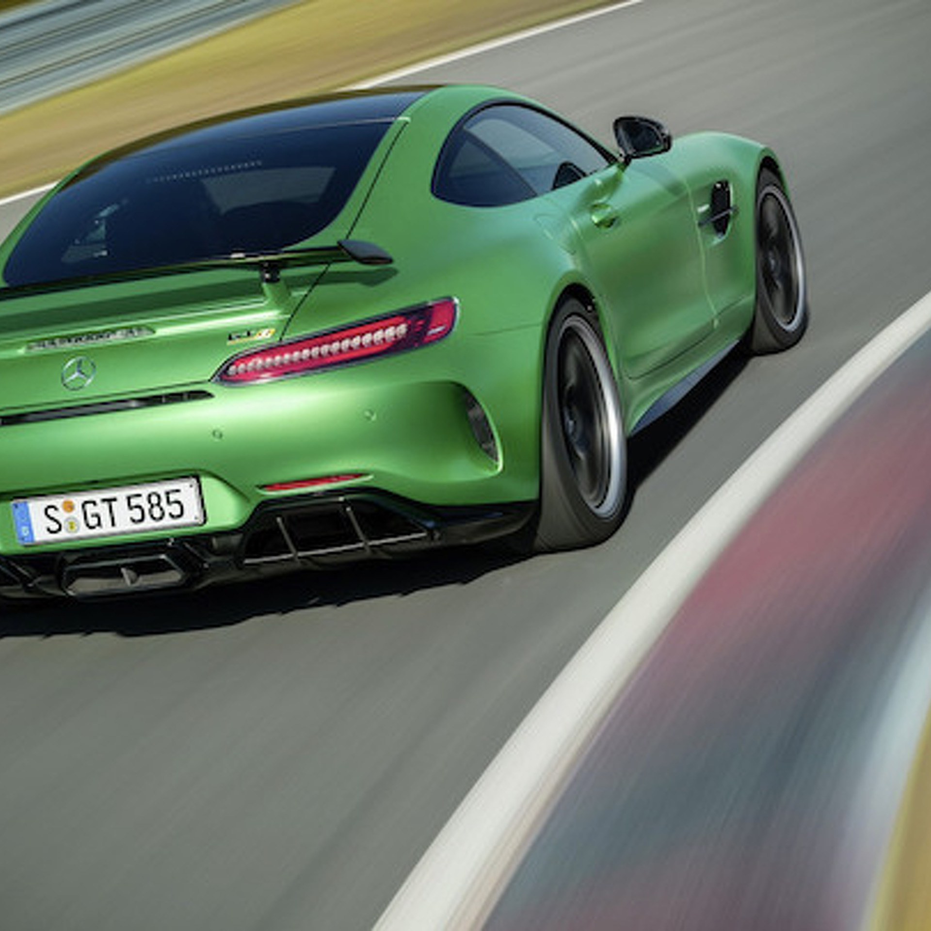 3 Emotions You'll Likely Experience in the 2017 Mercedes-AMG GT R