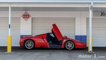 KVC - Shooting improvisé d'une Ferrari Enzo