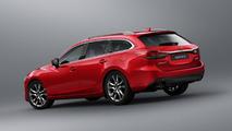 Mazda 6 Wagon rojo