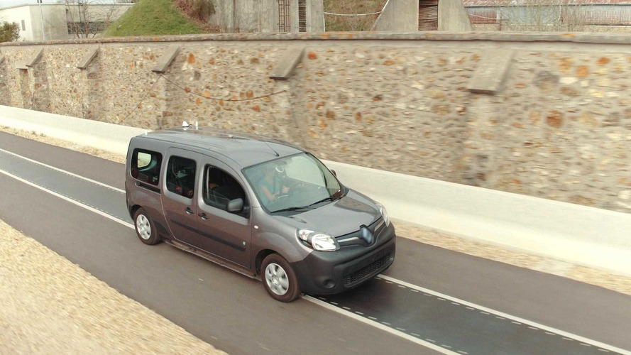 Renault's Experimental Road Allows EV Recharging On The Go