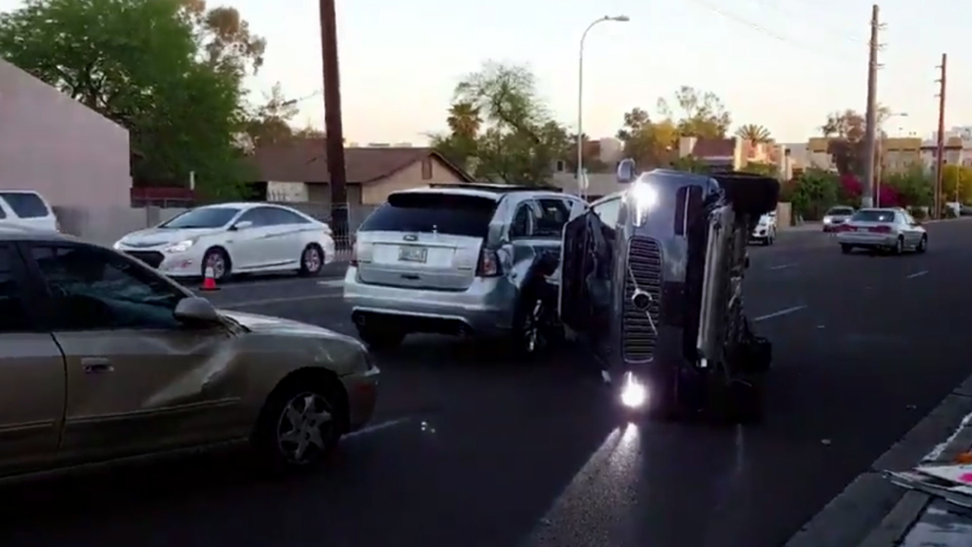 crash uber stoppe momentan ment ses voitures autonomes. Black Bedroom Furniture Sets. Home Design Ideas