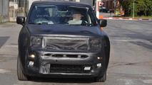 2015 Jeep entry-level crossover spy photo