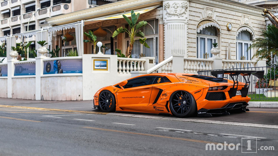 PHOTOS - Quand l'Aventador prend des muscles chez Liberty Walk