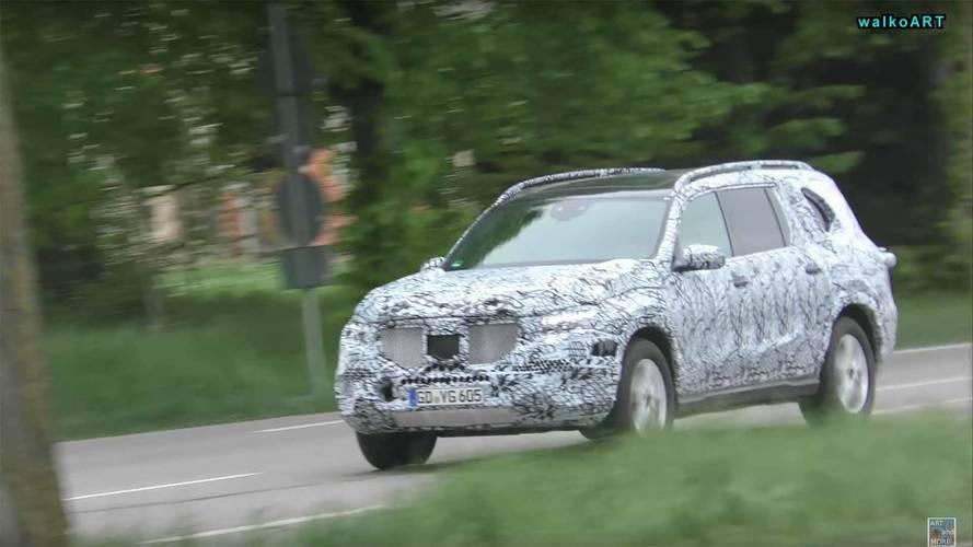 Mercedes'in yeni GLB, GLS ve EQ C modelleri görüntülendi