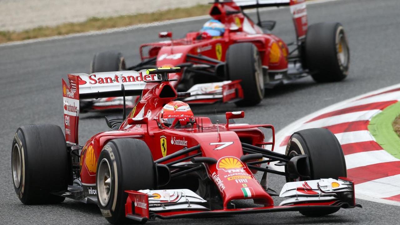 Kimi Raikkonen leads Fernando Alonso 11.05.2014 Spanish Grand Prix